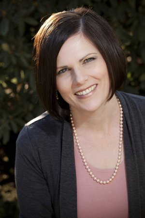 Melanie Henstrom IBCLC